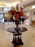 Woodland-Hills-mall