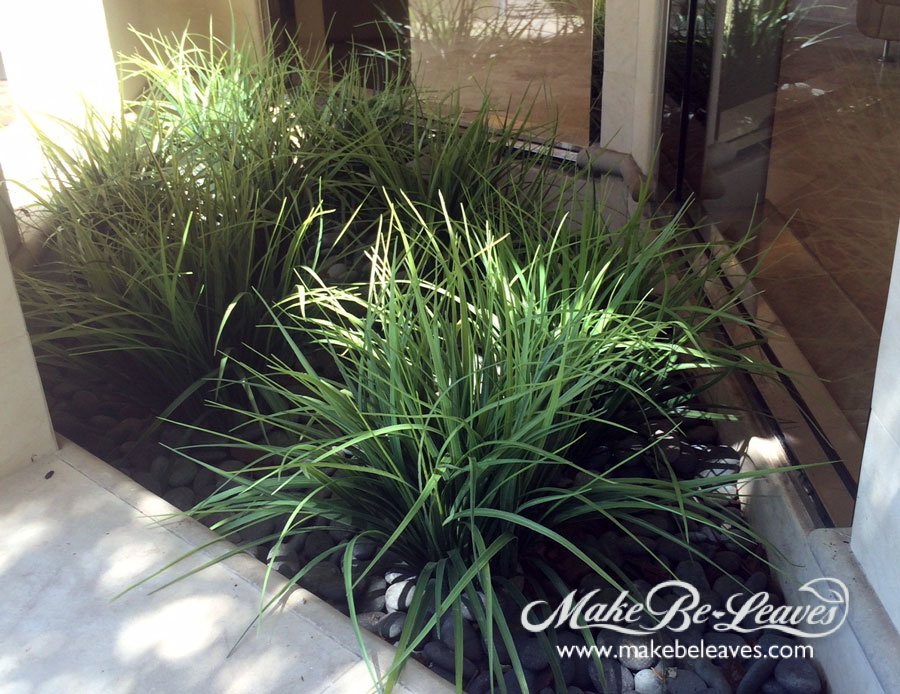 makebe-leaves UV faux grass