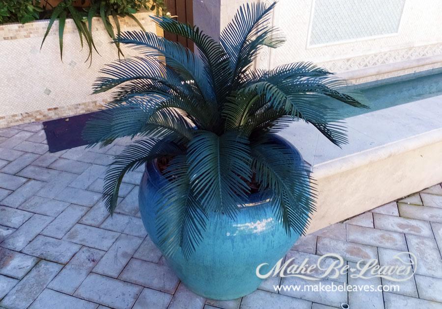 makebeleaves uv cycas palm tree