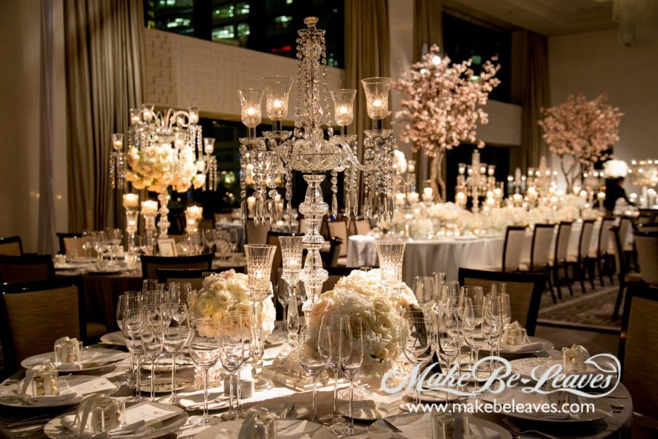 Make Be-Leaves custom silk Cherry Blossom trees created for the wedding of the manager of Vera Wang's flagship Rodeo Drive boutique were the focal points of the main table at the wedding reception in Chicago.