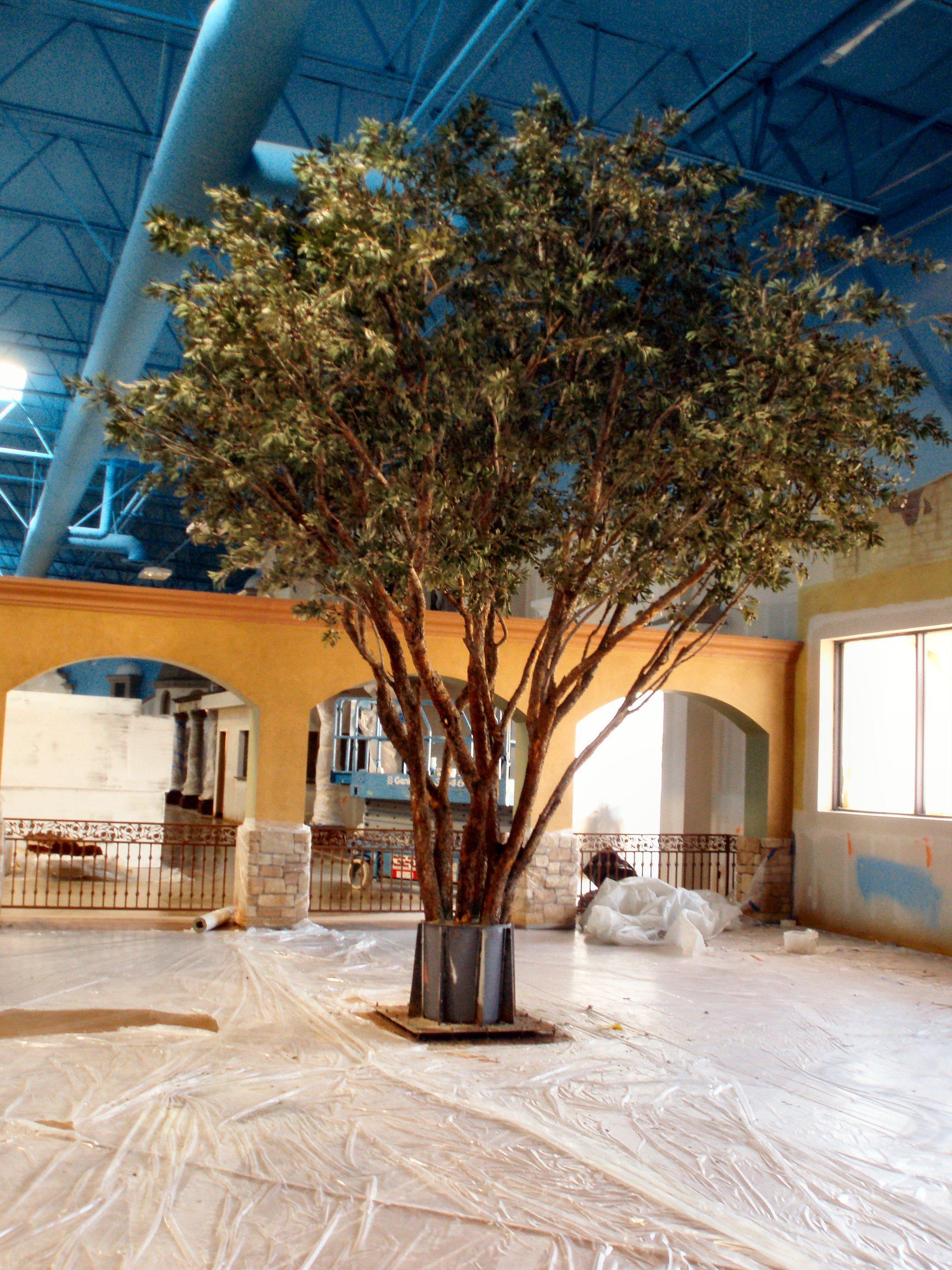 large artificial trees life like specimen make be leaves. Black Bedroom Furniture Sets. Home Design Ideas
